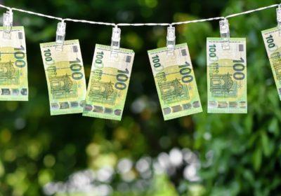 money 5248362 1280